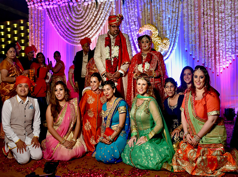 Hindu Wedding Gifts For Guests: How To Dress As A Guest At An Indian Wedding